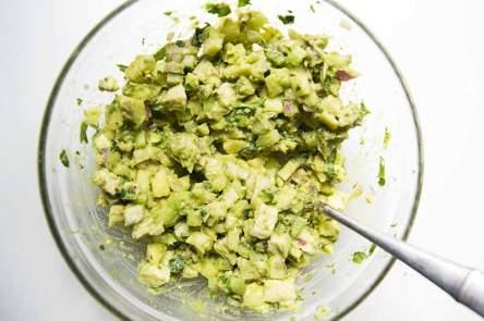 avocado-chicken-salad-method-2 (1).jpg
